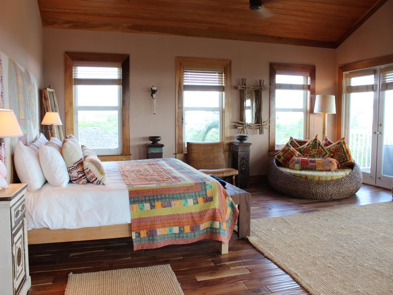 Additional photo for property listing at Banyan Tree Estate at Pink Sands Harbour Island, Eleuthera Bahamas