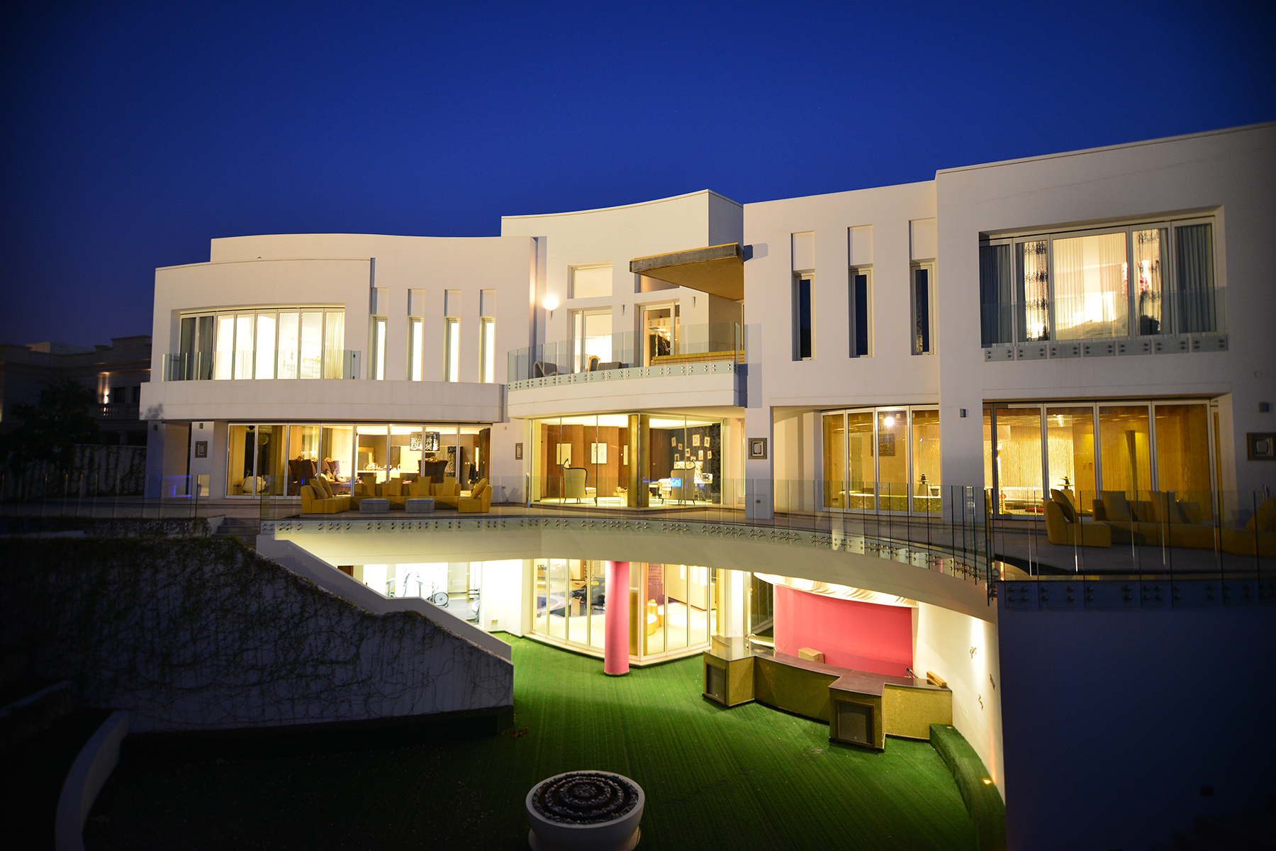 Maison unifamiliale pour l Vente à Modern Entertainment Villa Dubai, Dubaï Émirats Arabes Unis