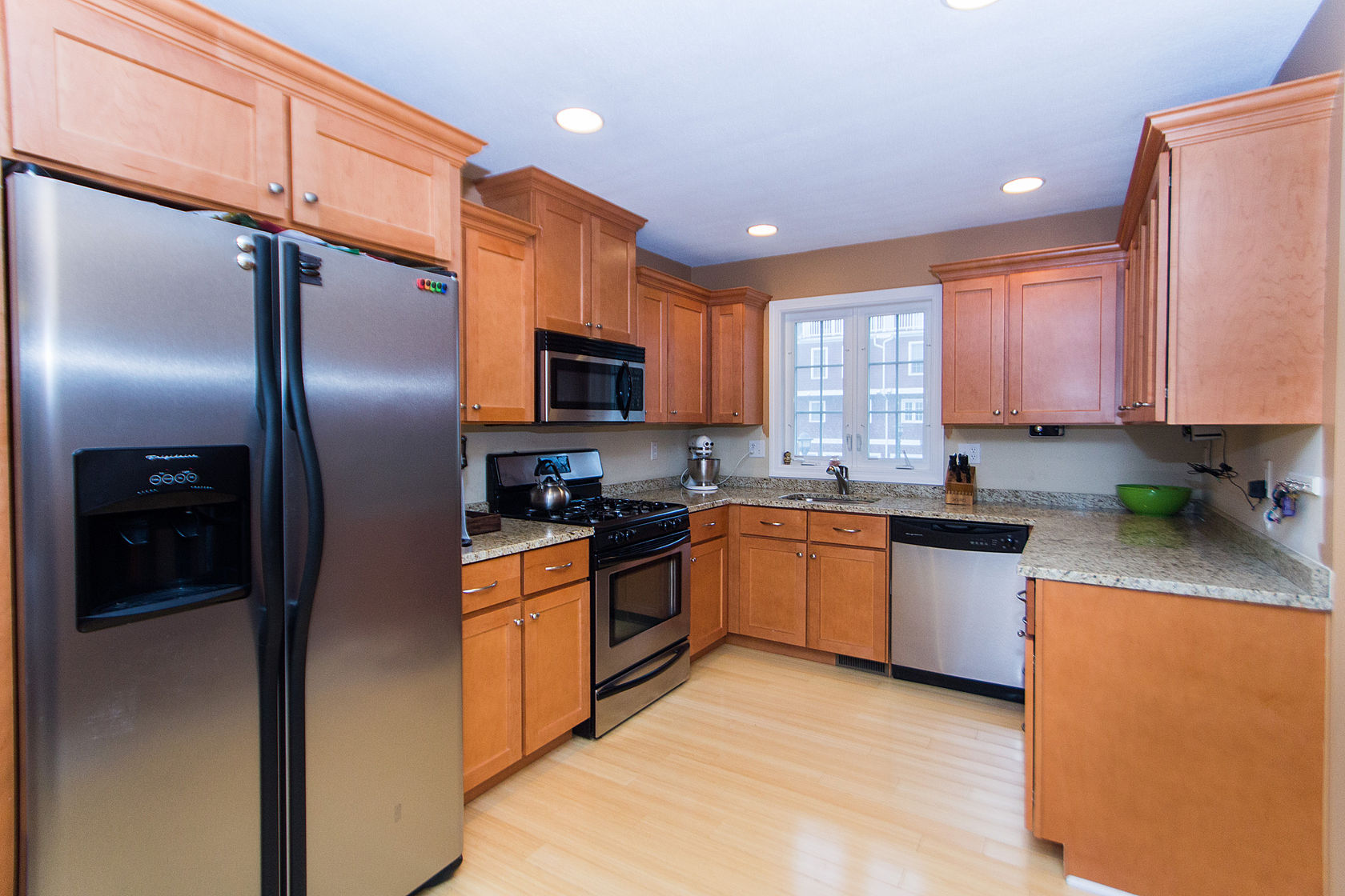 Property For Sale at 40 Brattle Street - Unit 7