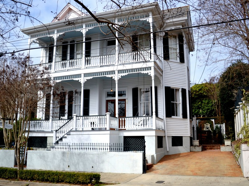 Single Family Home for Sale at Mornin'side 306 South Union Street Natchez, Mississippi 39120 United States