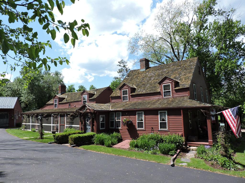 独户住宅 为 销售 在 Starr Ridge 181 Starr Ridge Road Brewster, 纽约州 10509 美国