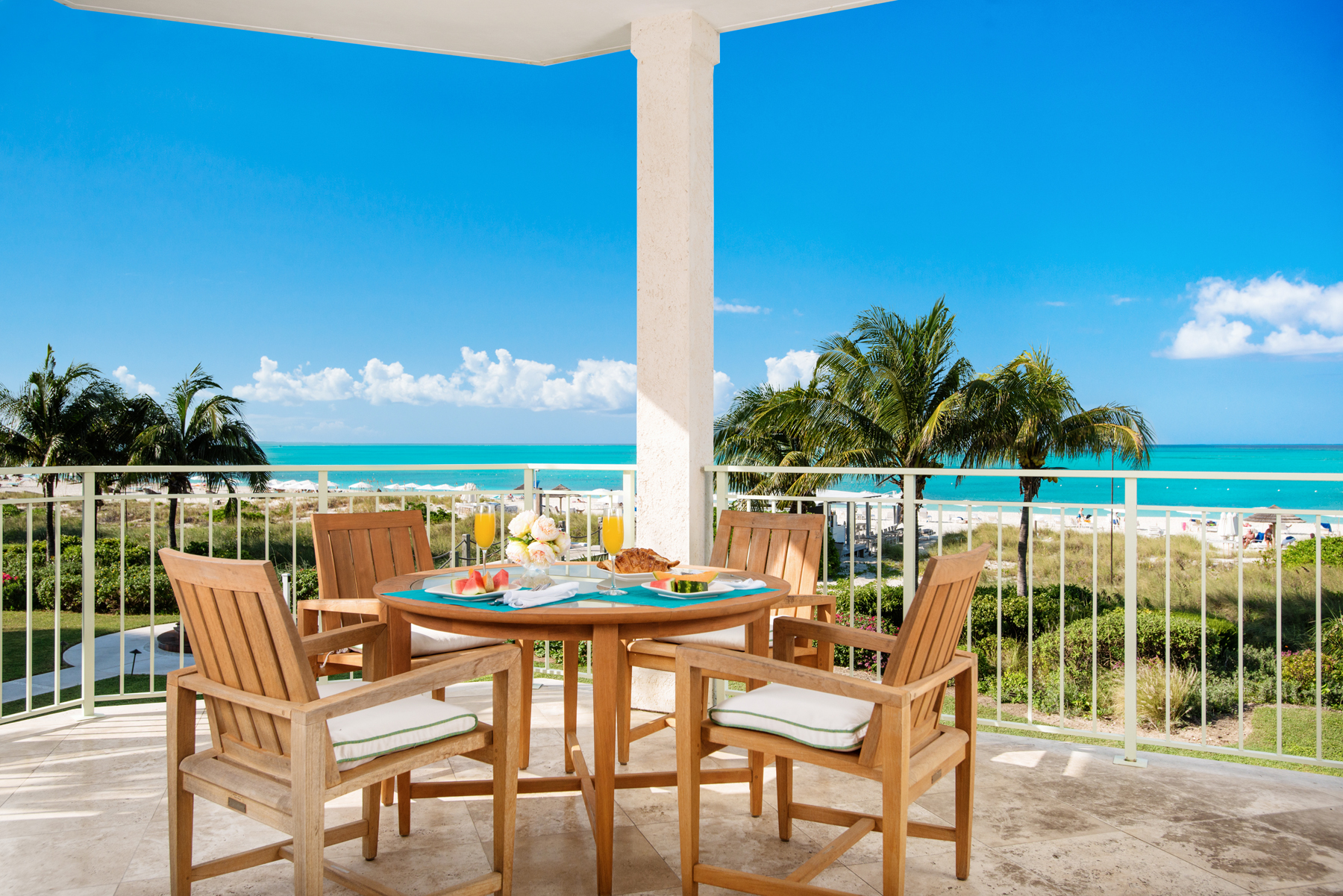 Piso por un Venta en West Bay Club - Suite 207 West Bay Club, Grace Bay, Providenciales Islas Turcas Y Caicos