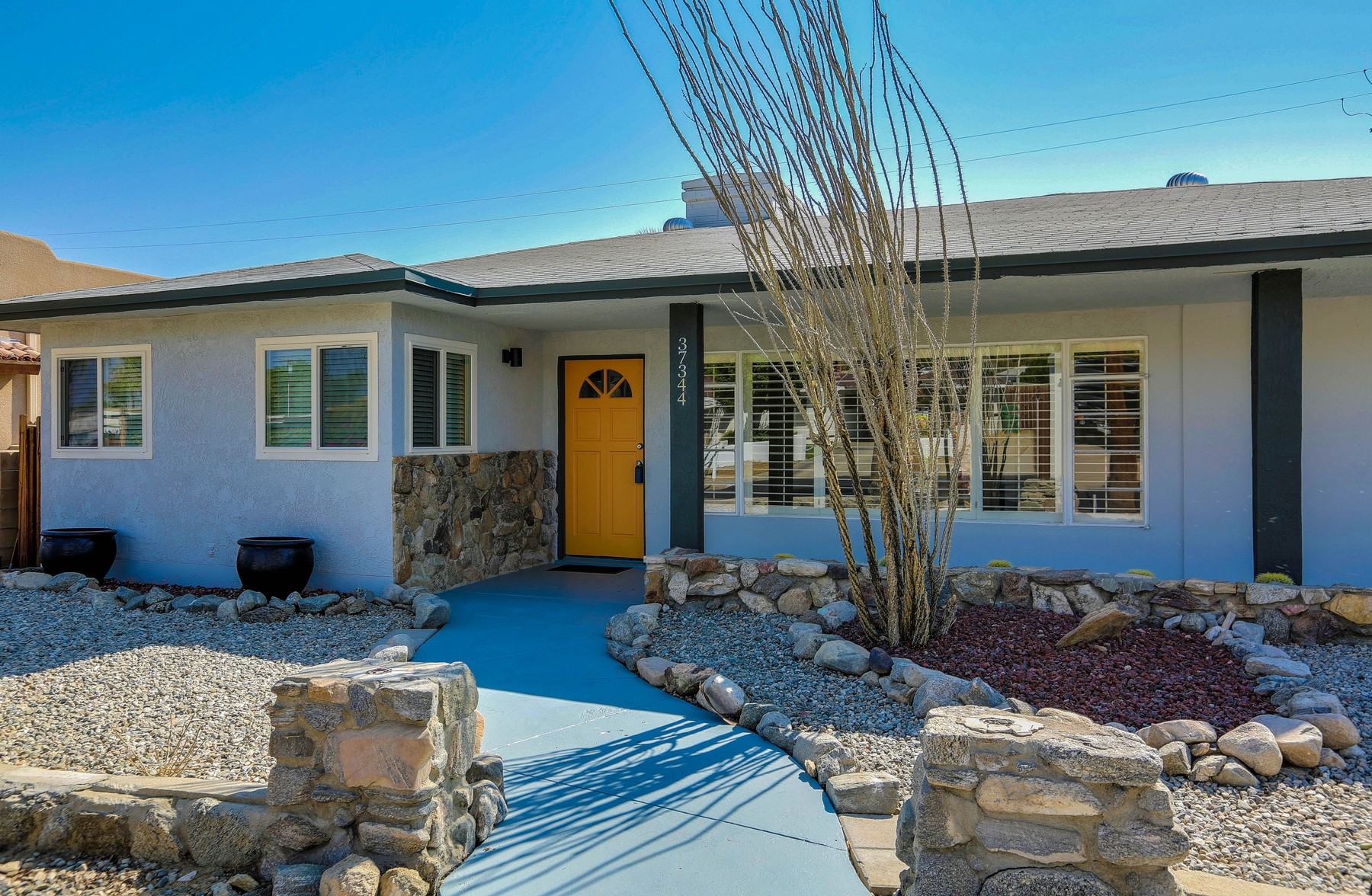 Частный односемейный дом для того Продажа на 37344 Palo Verde Drive Cathedral City, Калифорния, 92234 Соединенные Штаты