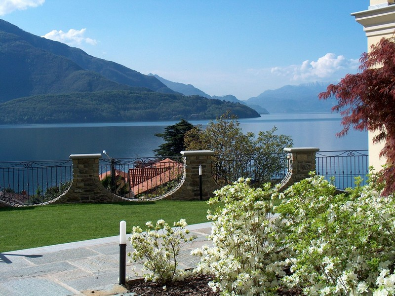 Additional photo for property listing at Magnificent villa with charming view of Lake Como Domaso Como, Como 22013 Italy