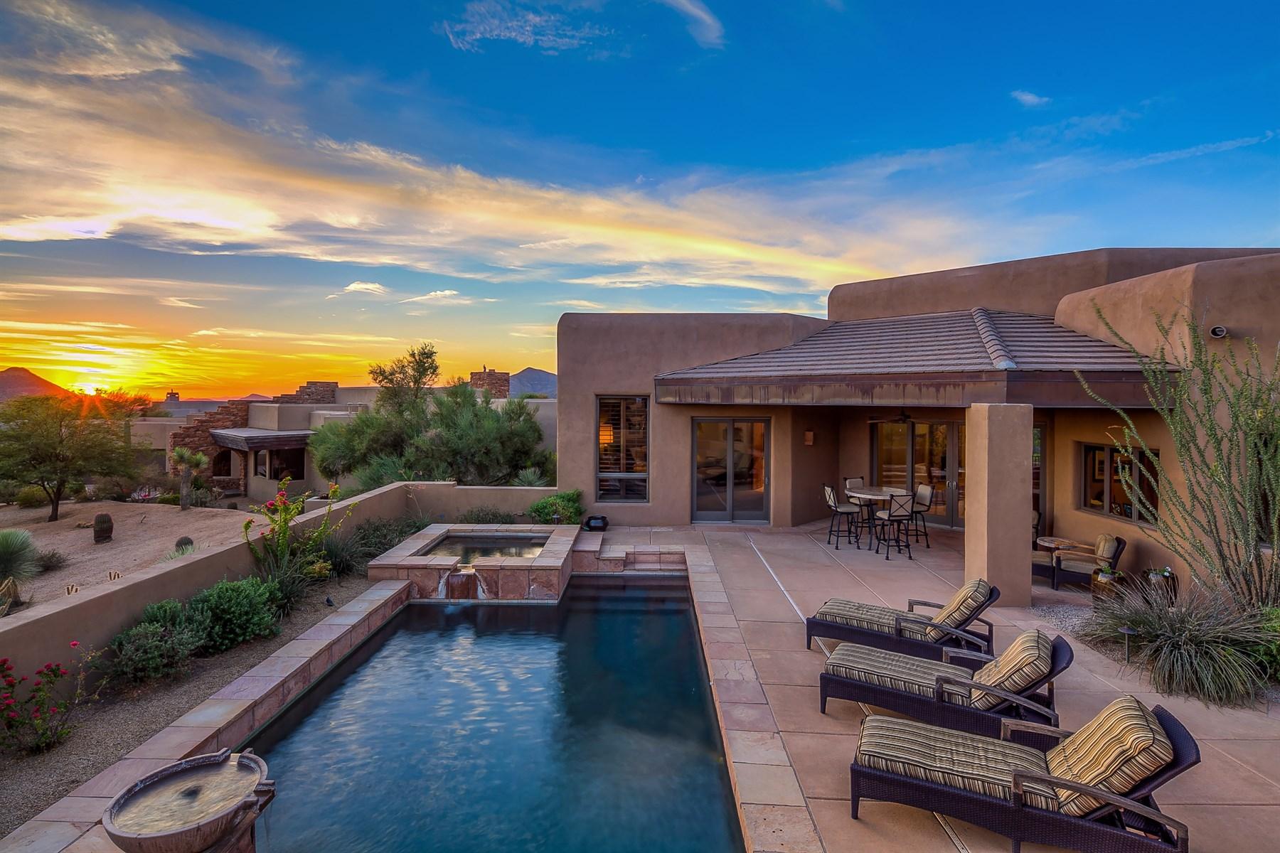 Частный односемейный дом для того Продажа на Three bedroom Southwest contemporary 39838 N 107th PL Scottsdale, Аризона, 85262 Соединенные Штаты