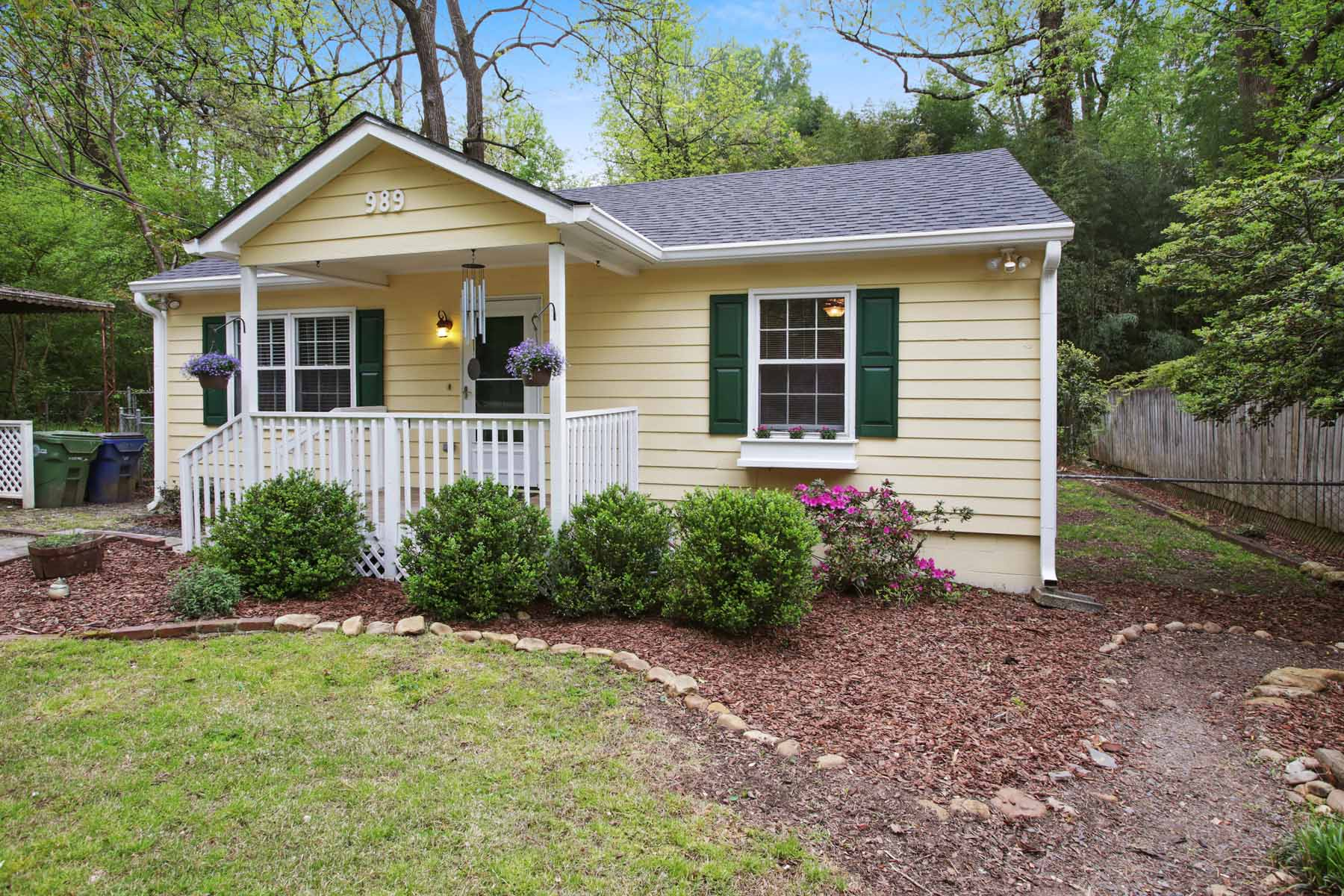 Additional photo for property listing at Amazing Value for 21 Updated Ormewood Park Bungalow! 989 Ormewood Avenue SE Atlanta, Georgien 30316 Usa