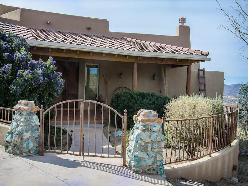 Casa para uma família para Venda às Beautiful Craftsmanship 108 Doc Hudson Ct Tubac, Arizona 85646 Estados Unidos