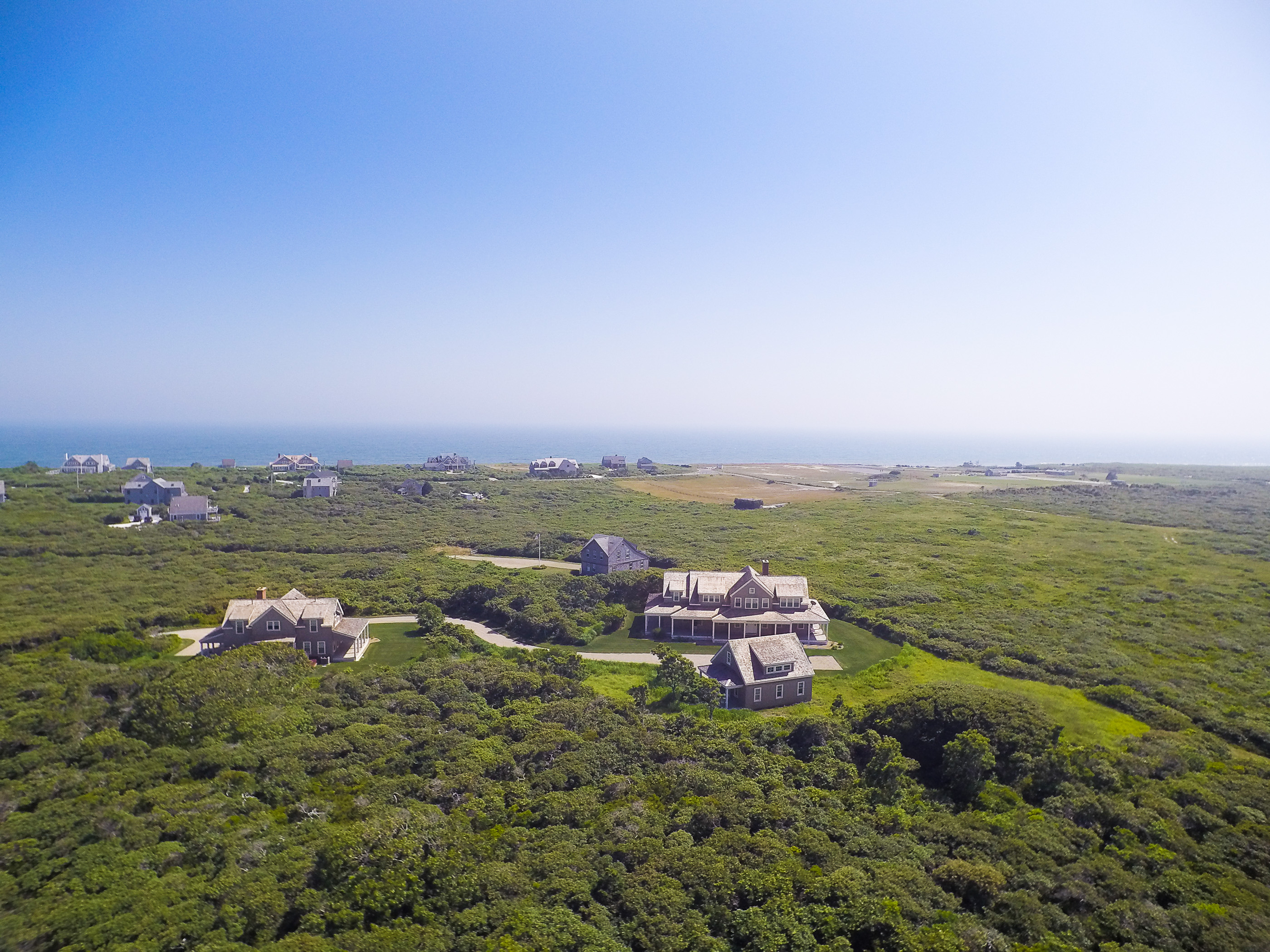 Villa per Vendita alle ore Tom Nevers Overlooking Conservation and Ocean 12 Van Fleet Circle Nantucket, Massachusetts, 02554 Stati Uniti