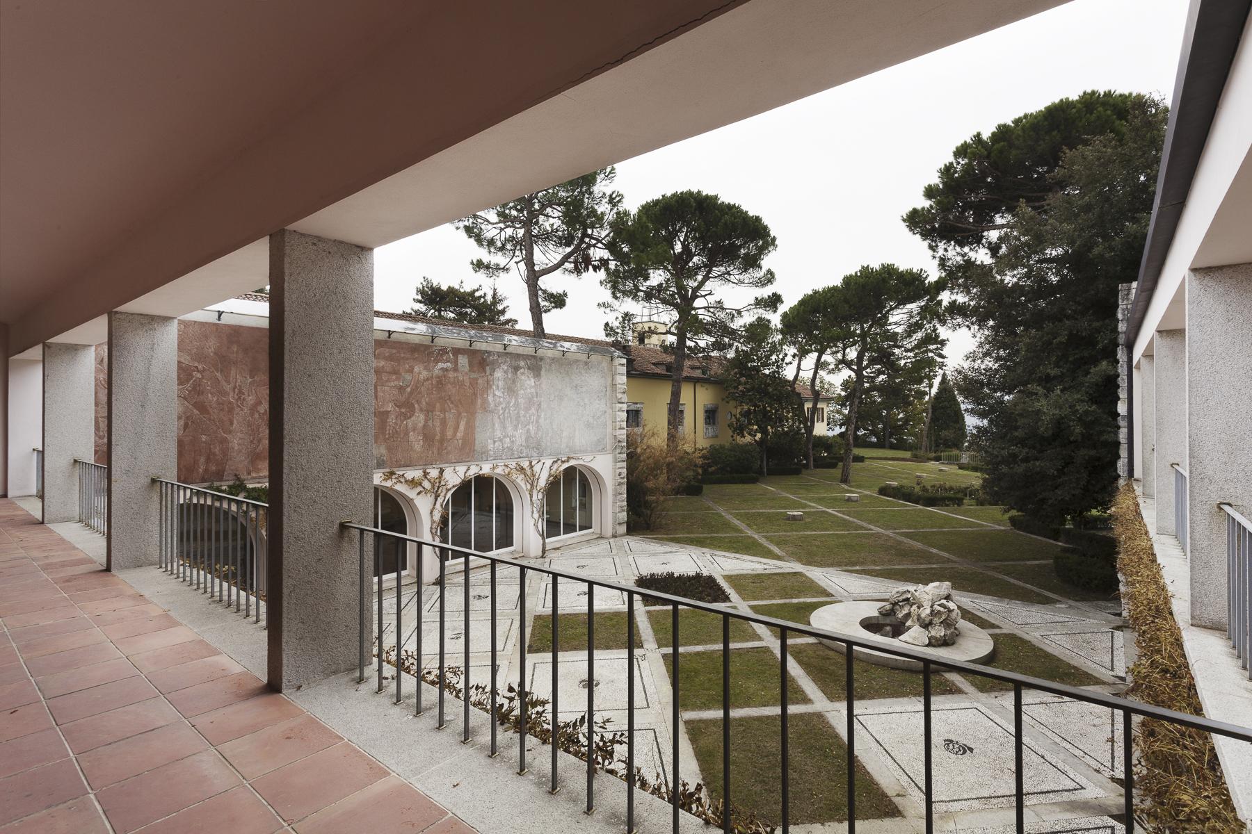 Additional photo for property listing at Villa Ottolenghi, architectural masterpiece in Monferrato Strada Monterosso Acqui Terme, Alessandria 15011 Italia