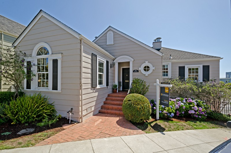 Casa para uma família para Venda às 600 Pacheco Street San Francisco, Califórnia 94116 Estados Unidos