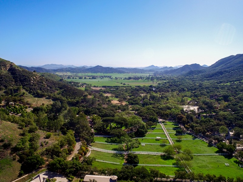 Villa per Vendita alle ore Hidden Valley Road 1688 Hidden Valley Road Thousand Oaks, California, 91361 Stati Uniti