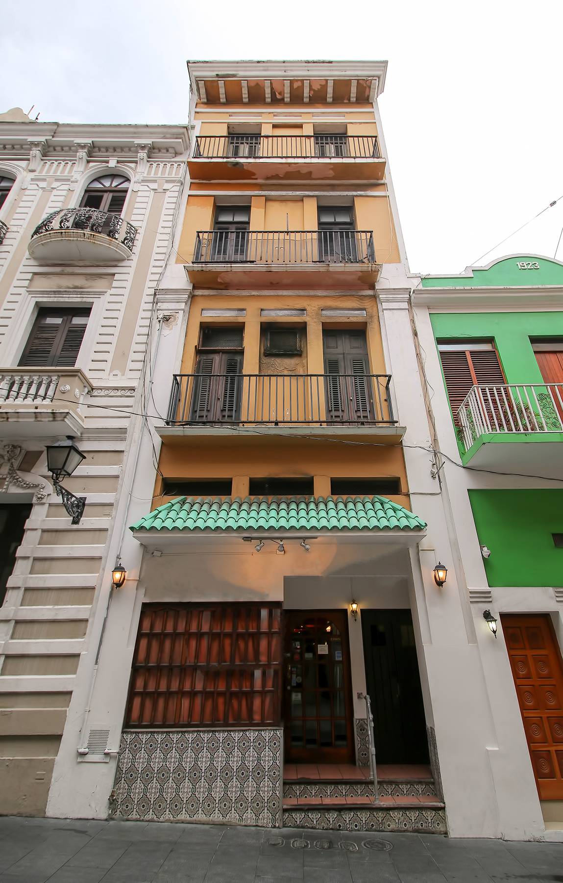 sales property at 355 Fortaleza Street, SoFo