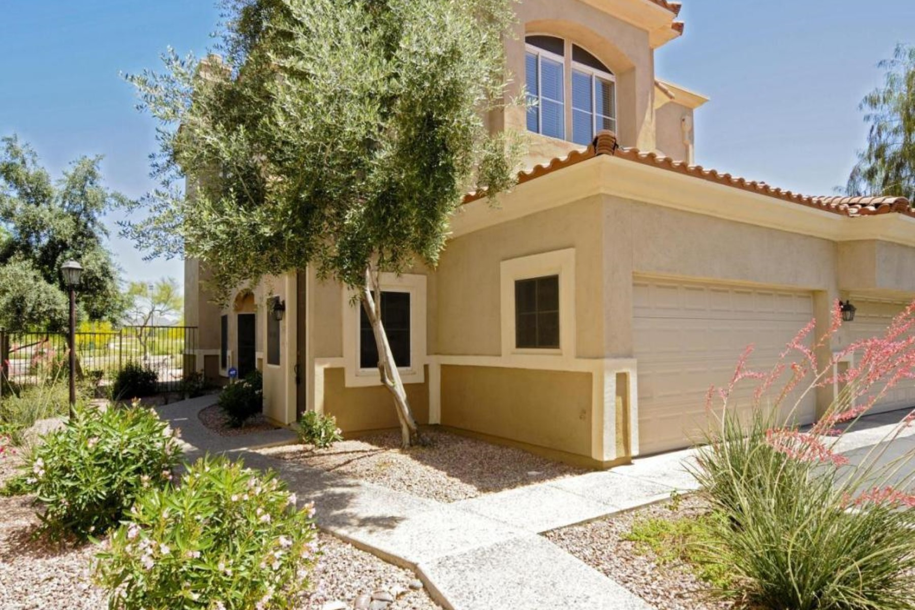 rentals property at Spacious three bedroom townhome in Montana Del Sol