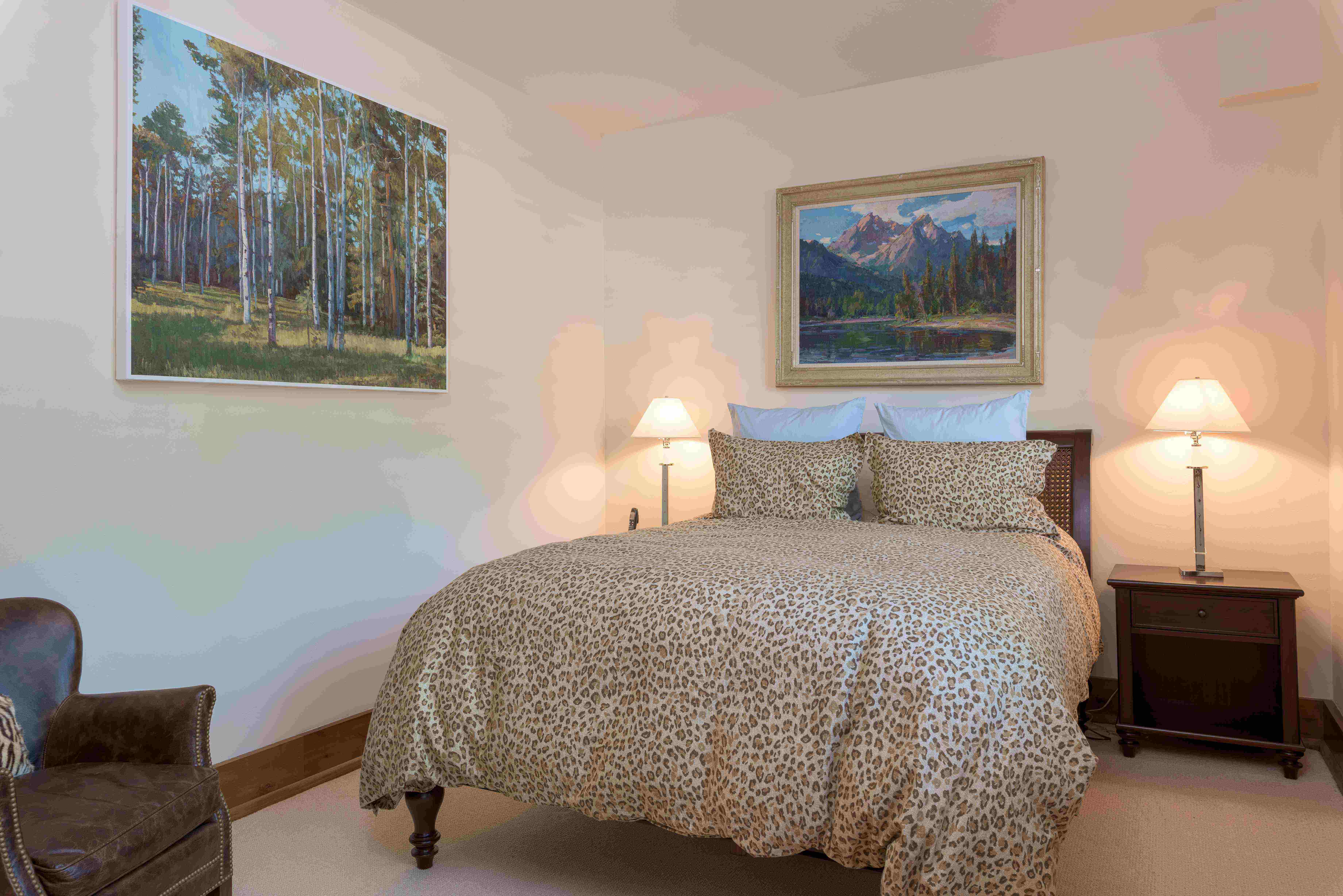 Additional photo for property listing at First and First Condo 100 N 1st Ave, Unit C Ketchum, Idaho 83340 Estados Unidos