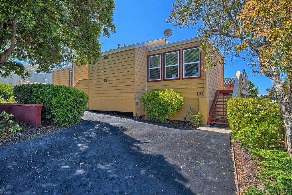 共管物業 為 出售 在 SLO Condo 121 Fontana San Luis Obispo, 加利福尼亞州 93401 美國