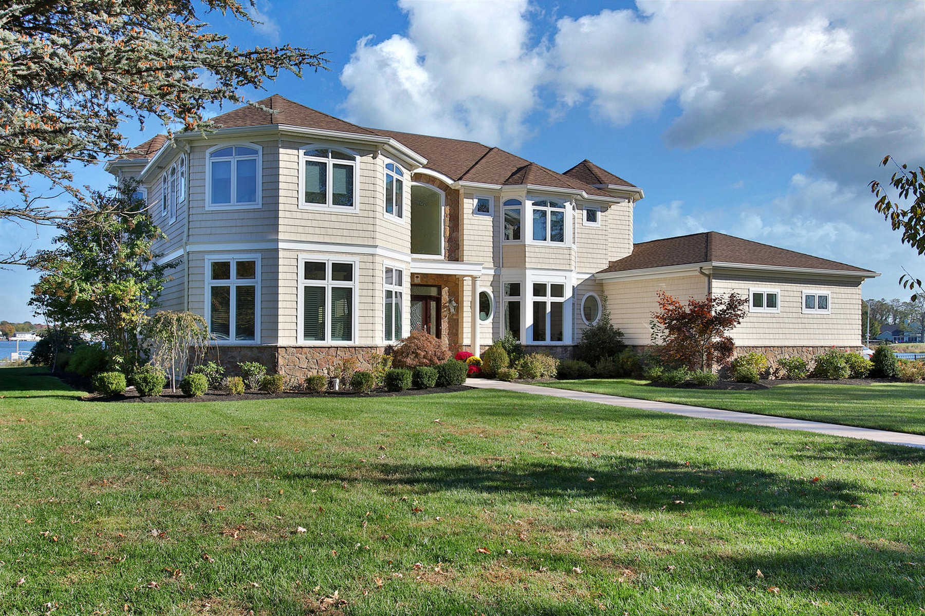 Single Family Home for Sale at Stunning Riverfont 74 Rivers Edge Dr. Little Silver, New Jersey 07739 United States