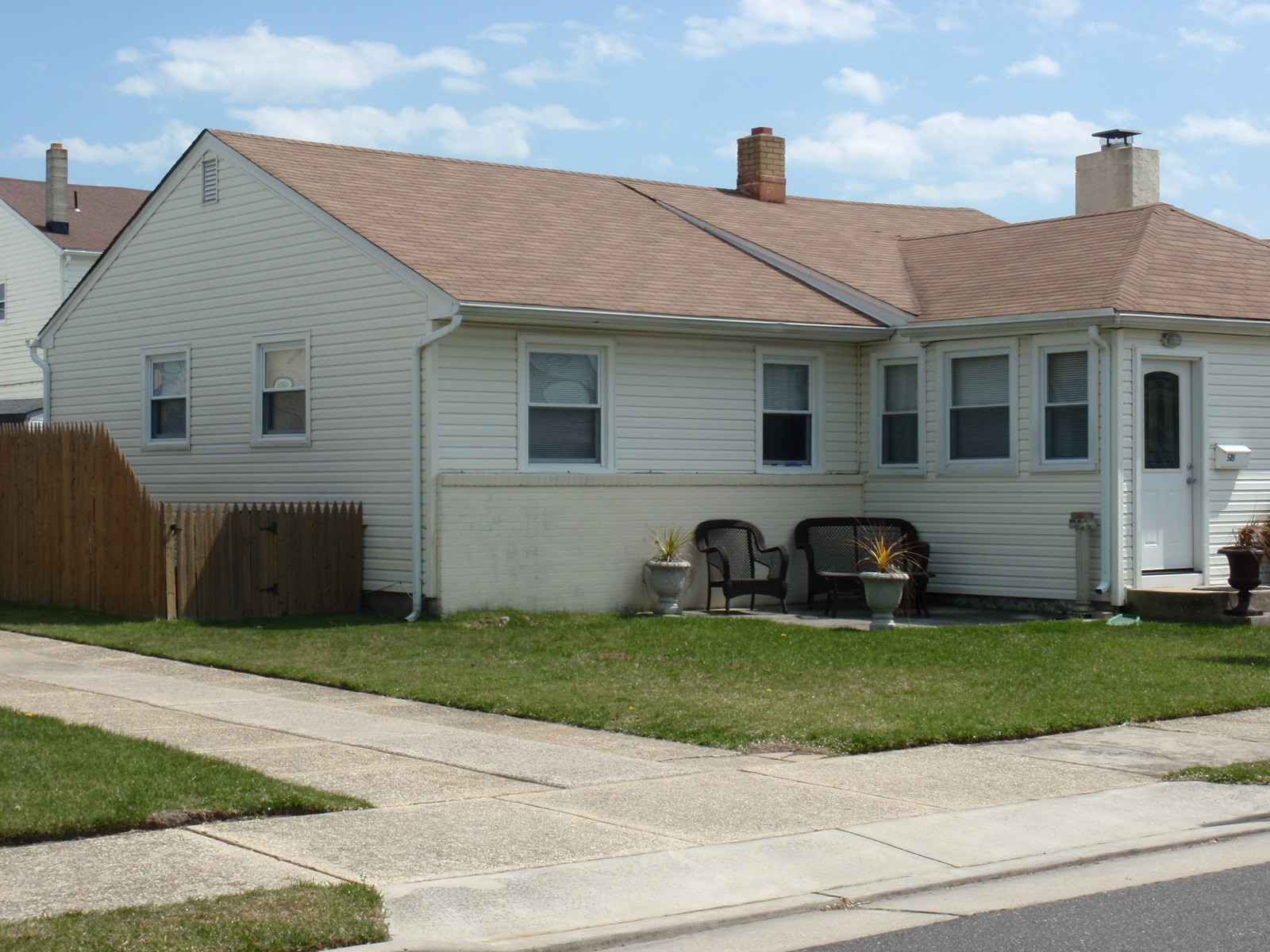 Single Family Home for Sale at 509 N Cornwall Avenue Ventnor, New Jersey, 08406 United States