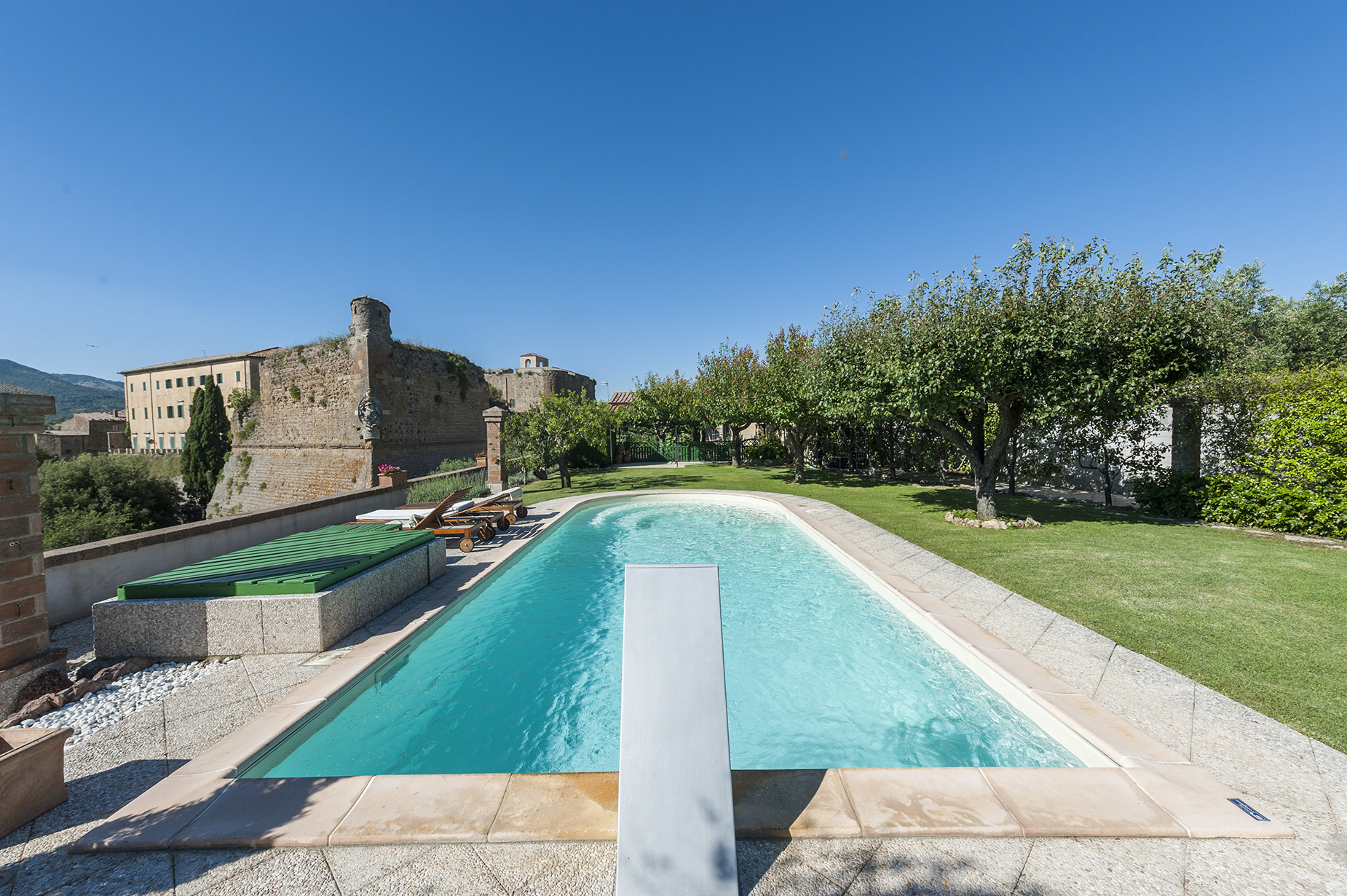 Additional photo for property listing at Elegant residence in the lower tuscan Maremma Sorano, Grosseto Italia