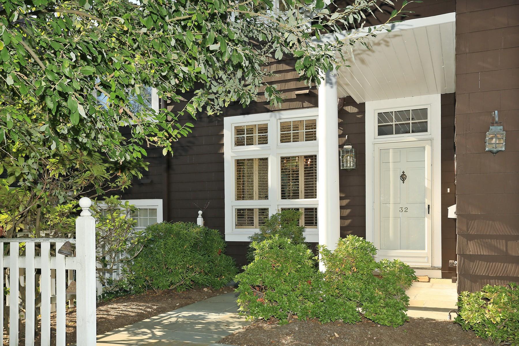 Eigentumswohnung für Verkauf beim Open Floor Plan Living At St. Andrew's Golf Club 10 Old Jackson Avenue, #32 Hastings On Hudson, New York 10706 Vereinigte Staaten