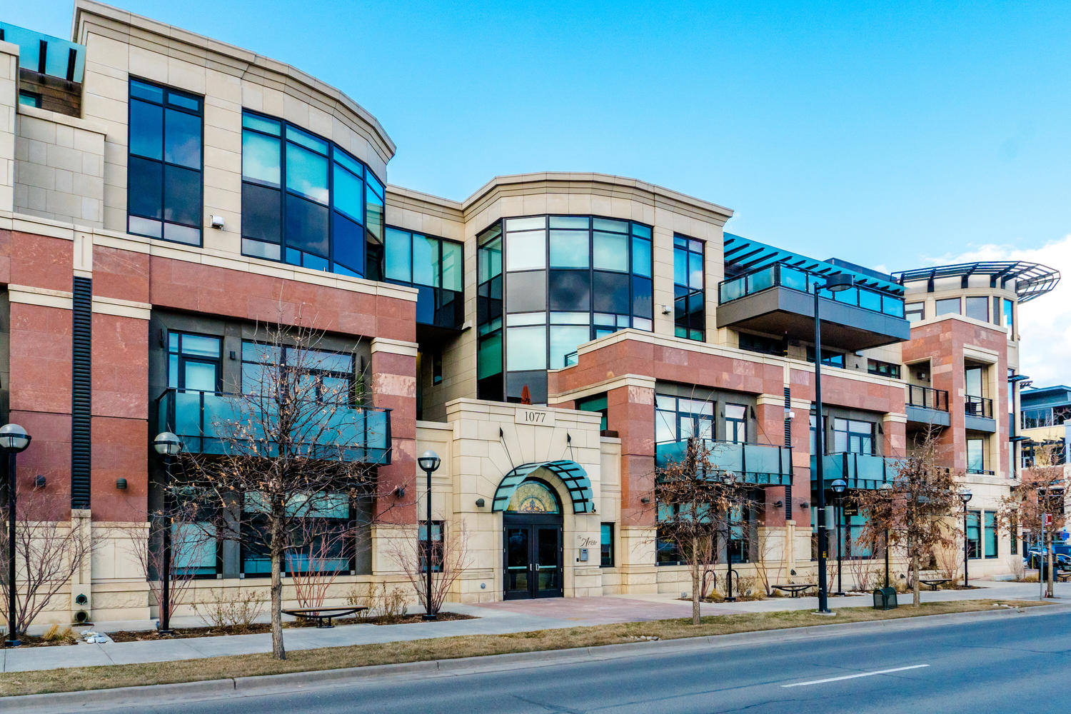 Condominium for Sale at Luxurious Urban Contemporary Corner Unit in the heart of Boulder 1077 Canyon Boulevard 307 Boulder, Colorado, 80302 United States