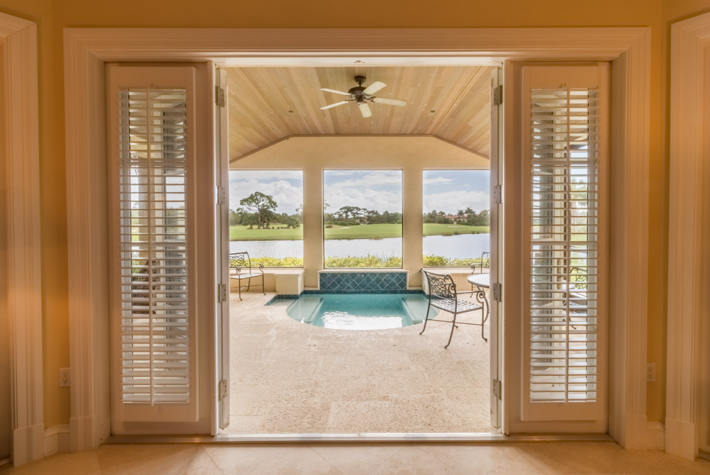 sales property at 609 White Pelican Way