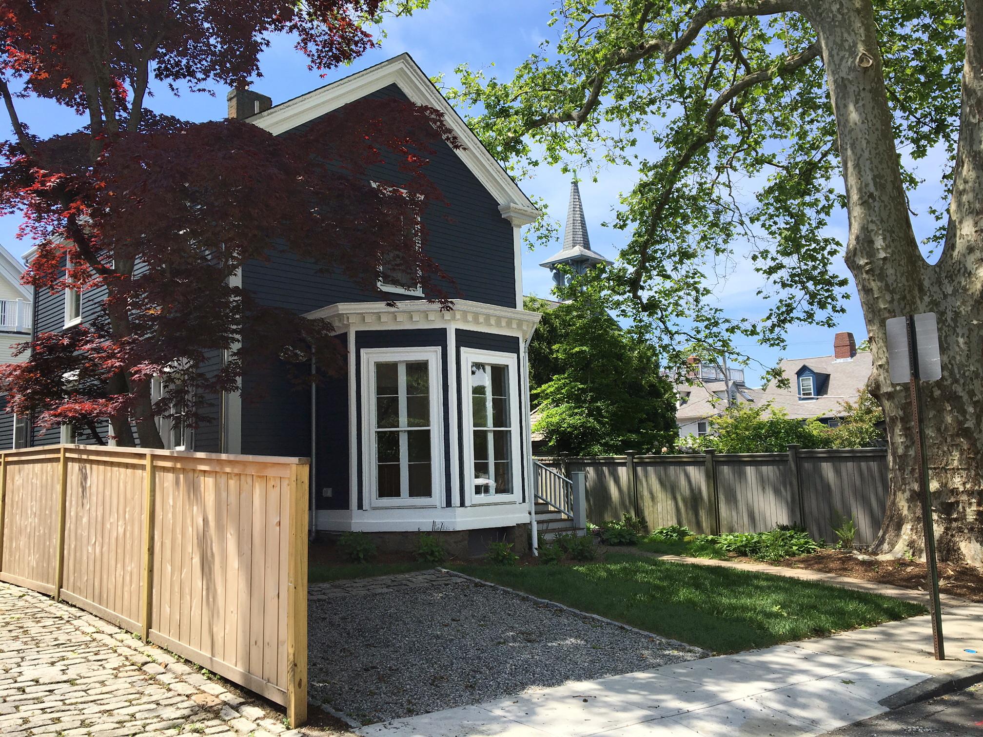 Casa Unifamiliar por un Venta en Historic Hill 103 Mill Street Newport, Rhode Island 02840 Estados Unidos