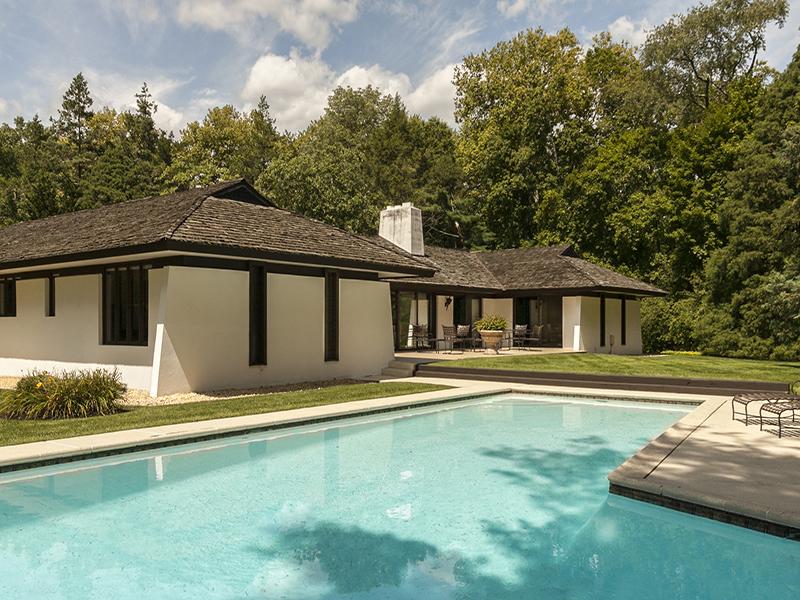 独户住宅 为 销售 在 Haverford Serene Escape 119 Tunbridge Circle Haverford, 宾夕法尼亚州 19041 美国