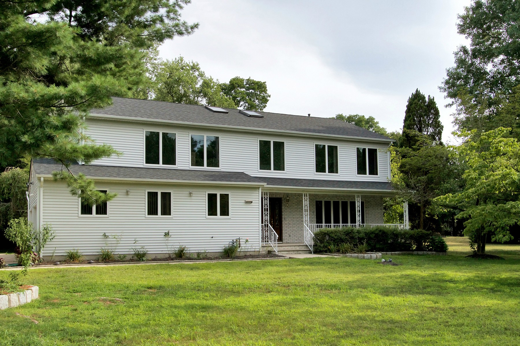 Property For Sale at 2 Old Farm Road