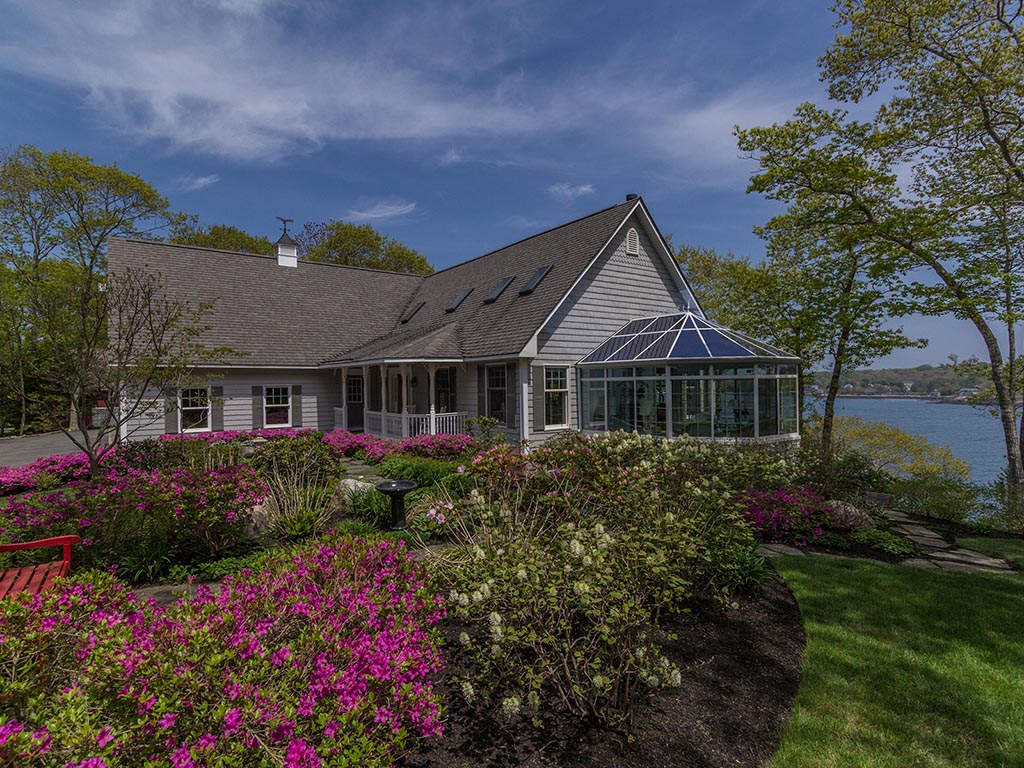 Single Family Home for Sale at Sea Oaks 187 Farnham Point Road Boothbay, Maine 04544 United States