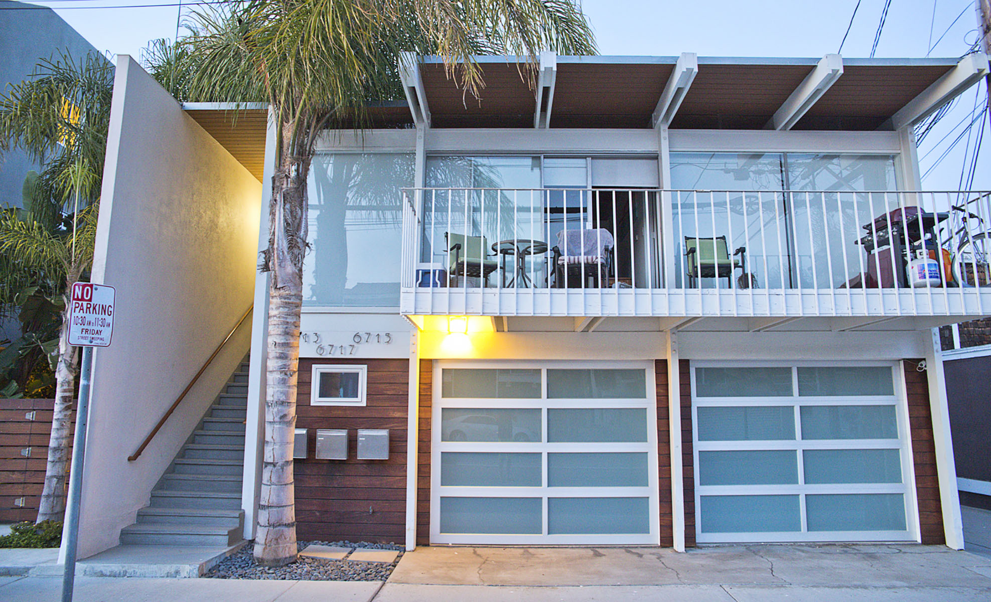 Multi-Family Home for Sale at 6713 East Ocean Blvd Long Beach, California 90803 United States