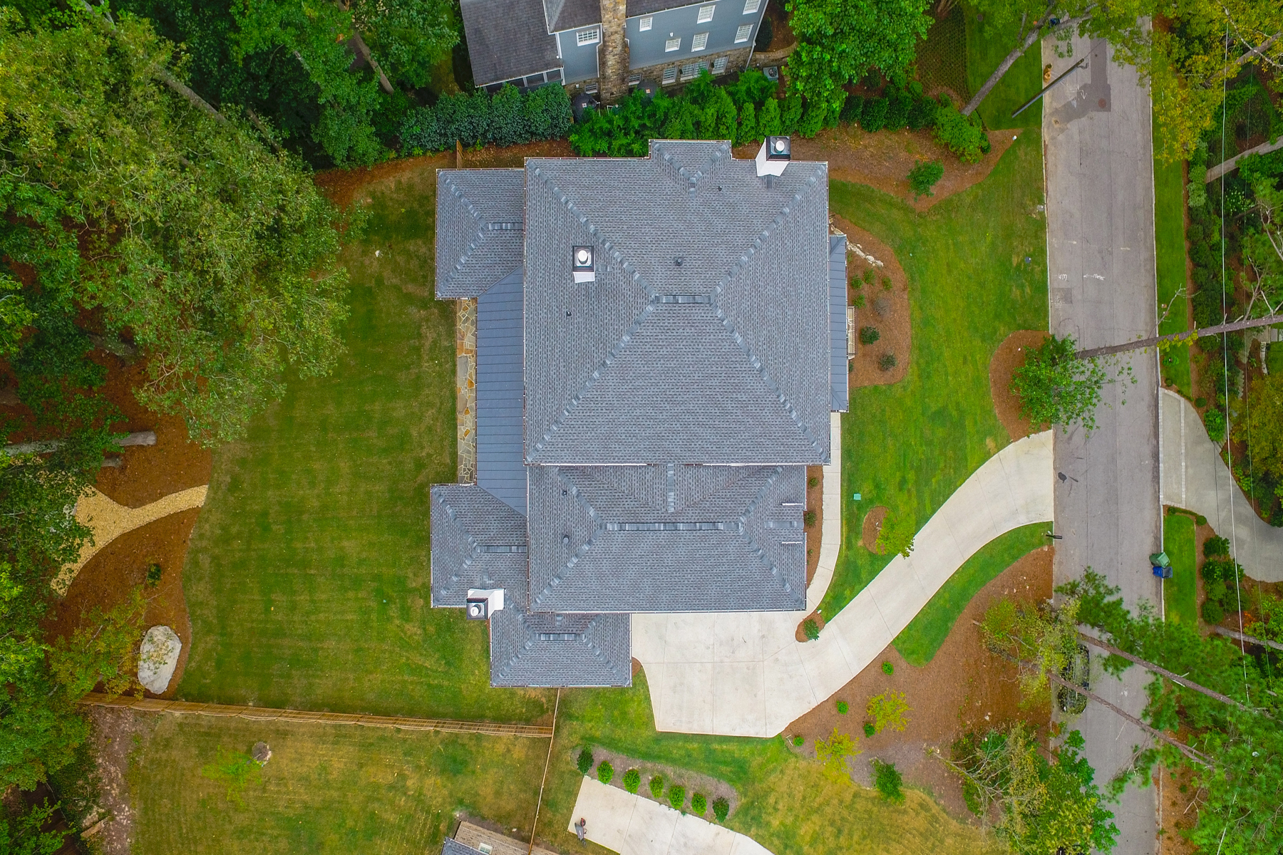 Additional photo for property listing at Exceptional New Home In Buckhead With Walk-Out Backyard 1124 Dawn View Lane NW Atlanta, Georgia 30327 États-Unis