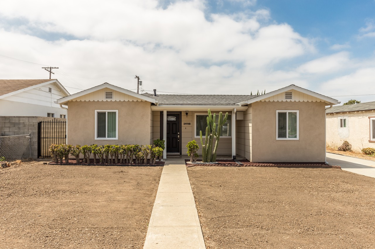 Single Family Home for Sale at 3116 W 185th St. Torrance, California, 90504 United States