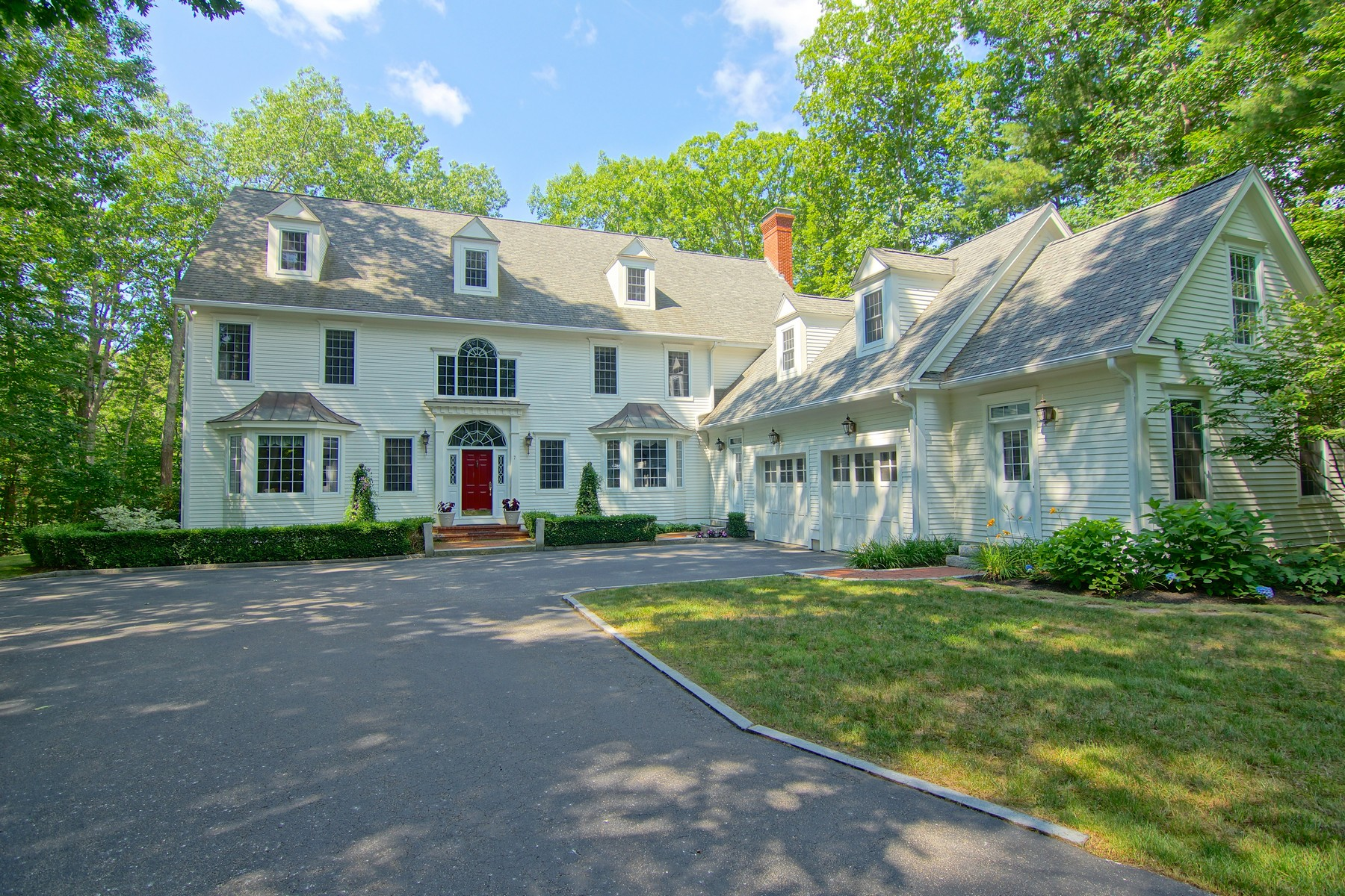 Single Family Home for Sale at Custom Colonial with Dramatic Flair 7 Wingate Court Stratham, New Hampshire, 03885 United States