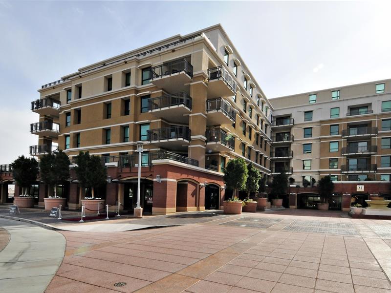 콘도미니엄 용 매매 에 Fabulous Luxury Contemporary Condo in Old Town Scottsdale 6803 E Main Street #3312 Scottsdale, 아리조나 85251 미국