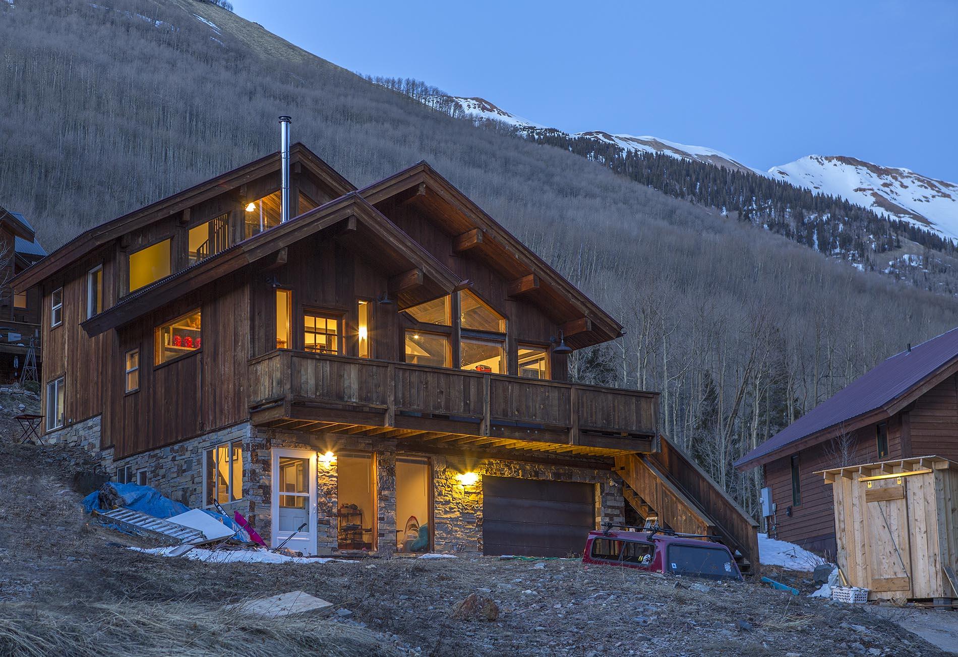 Частный односемейный дом для того Продажа на 917 Porphyry Ophir, Колорадо 81426 Соединенные Штаты