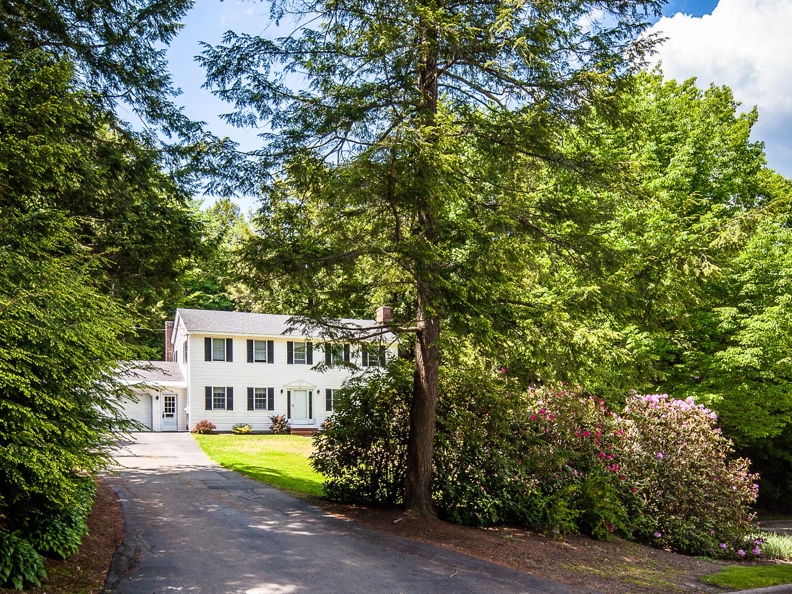 Einfamilienhaus für Verkauf beim 12 Julianne Lane Augusta, Maine 04330 Vereinigte Staaten