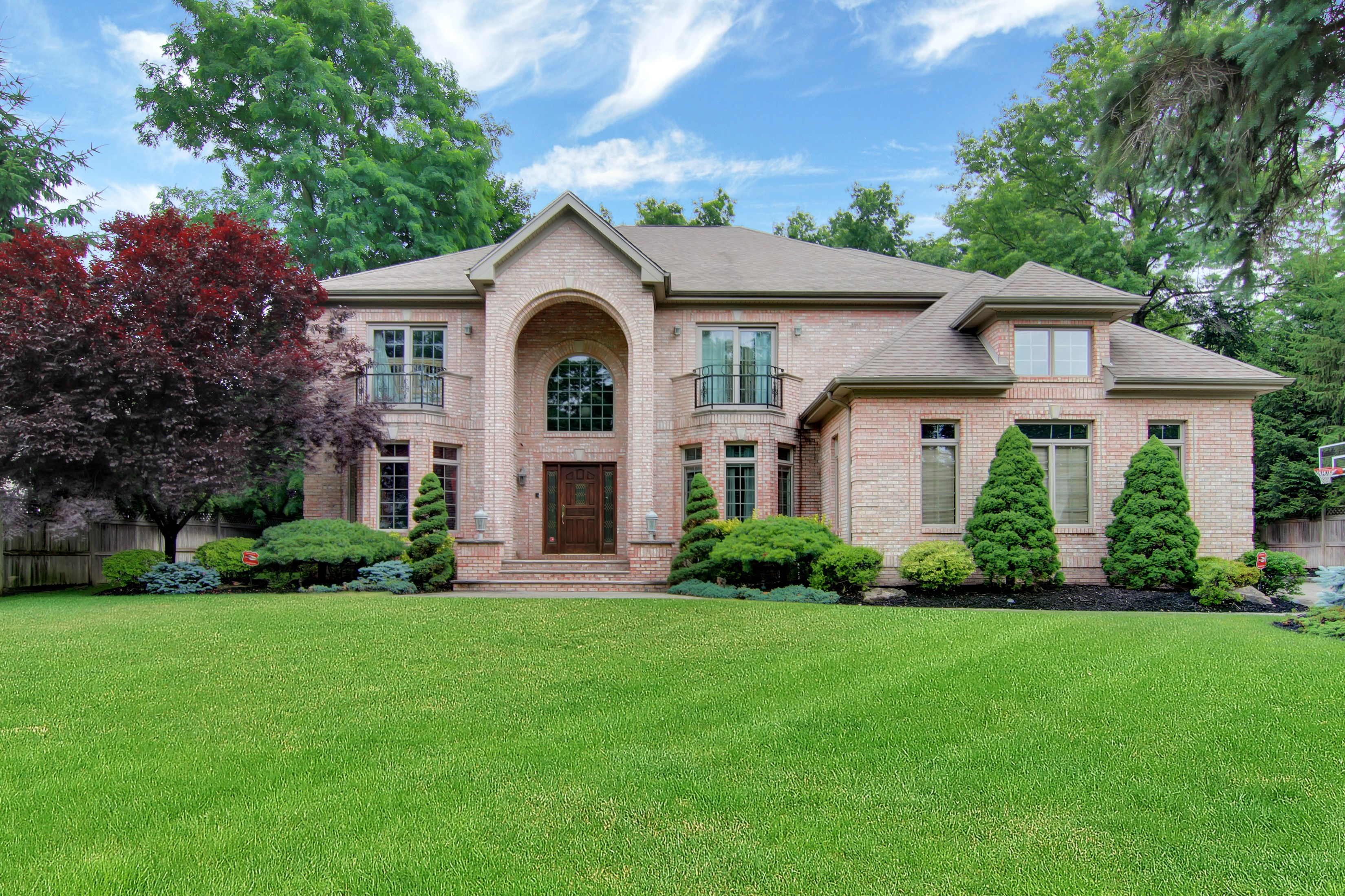 独户住宅 为 销售 在 Prestigious Rental 37 Pinehill Rd 克洛斯特, 新泽西州 07624 美国