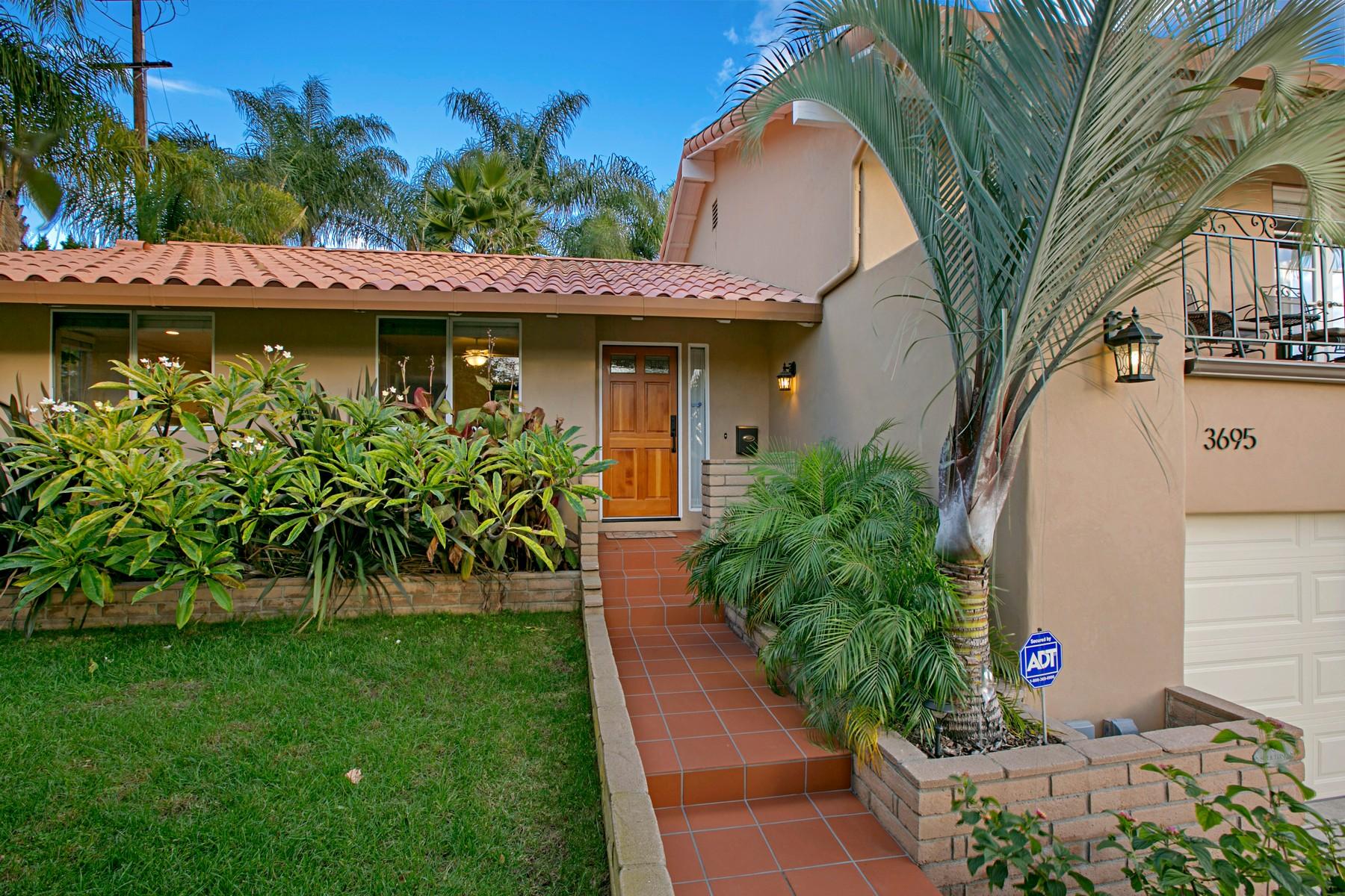 Casa para uma família para Venda às 3695 Trenton Avenue San Diego, Califórnia 92117 Estados Unidos