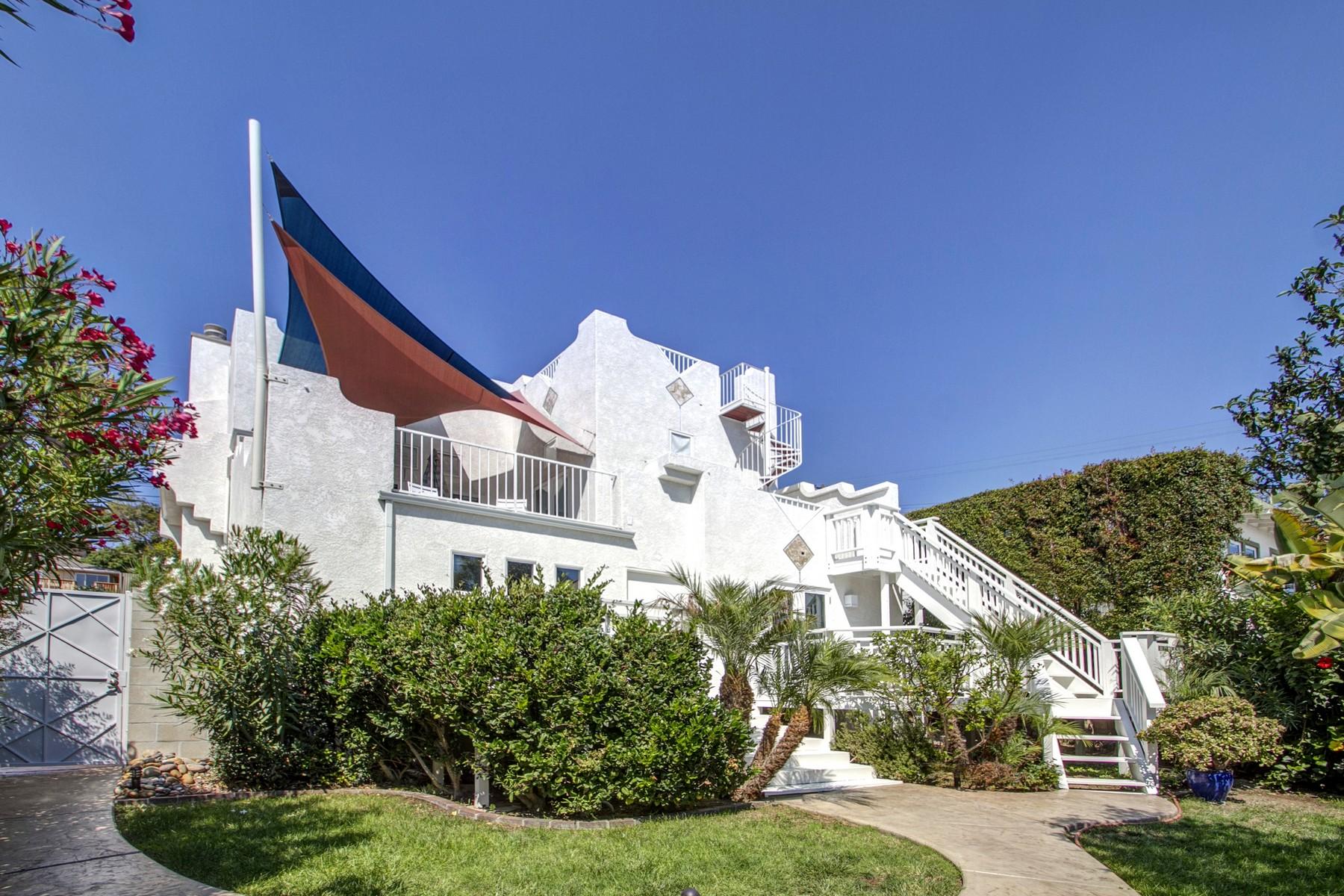 Maison unifamiliale pour l Vente à 1811 Guy Street Mission Hills, San Diego, Californie 92103 États-Unis