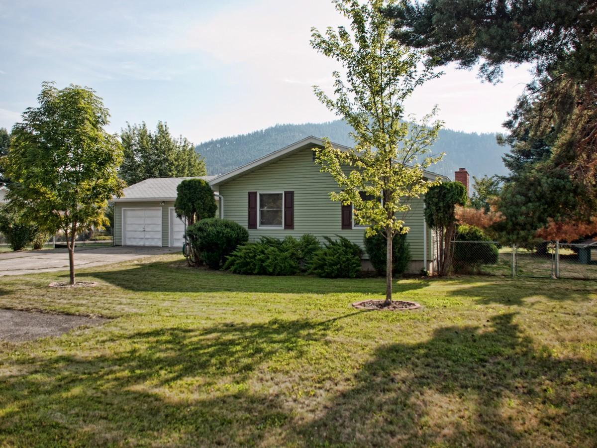 Farm / Ranch / Plantation for Sale at Bring Your Ponies! 5976 N 15TH ST Dalton Gardens, Idaho 83815 United States
