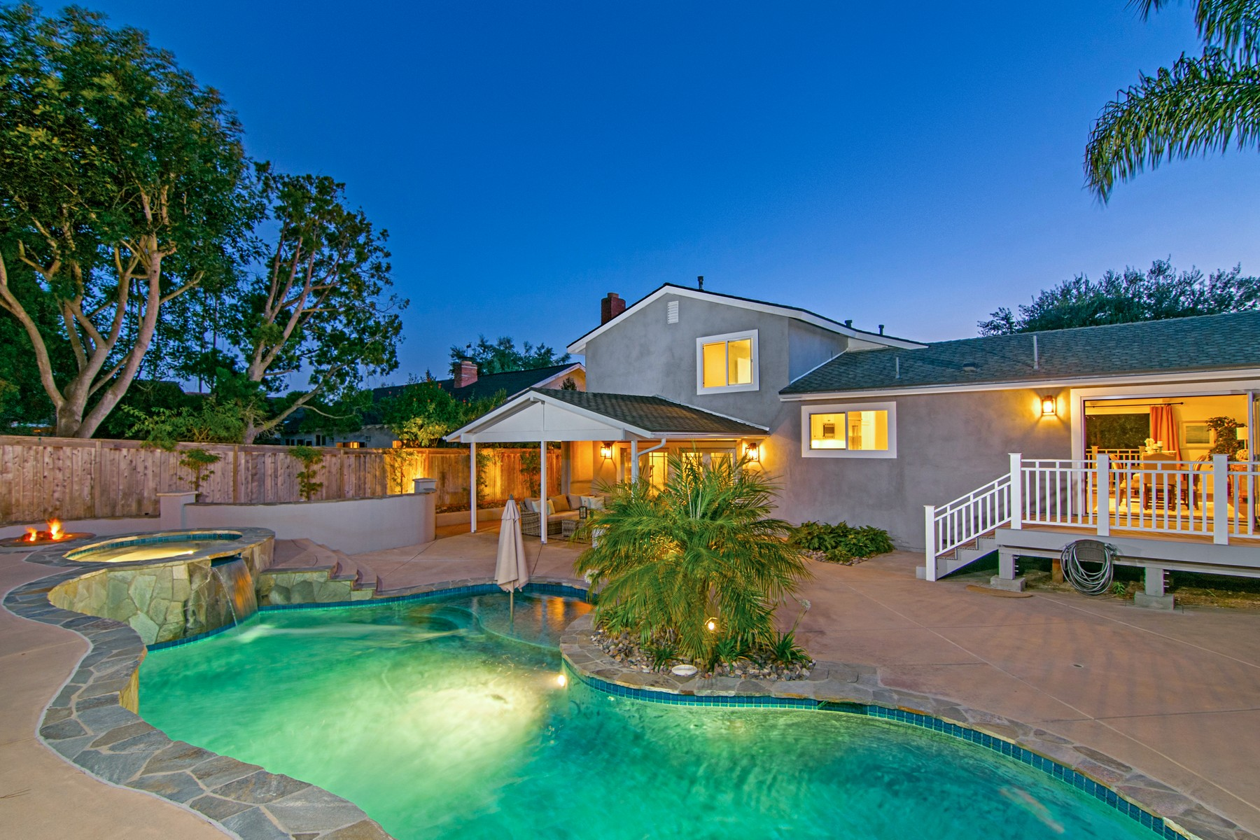 Casa Unifamiliar por un Venta en 14105 Recuerdo Drive Del Mar, California, 92014 Estados Unidos