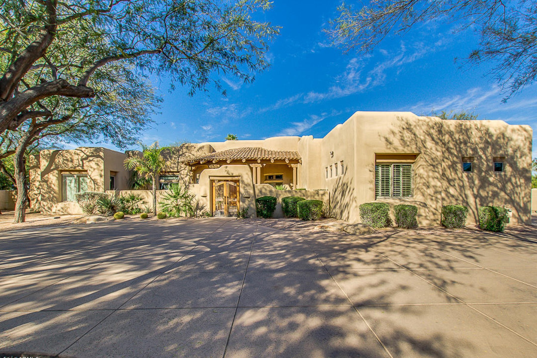 Single Family Home for Sale at Privately gated territorial style estate with old world charm 7318 N Mockingbird Ln Paradise Valley, Arizona, 85253 United States
