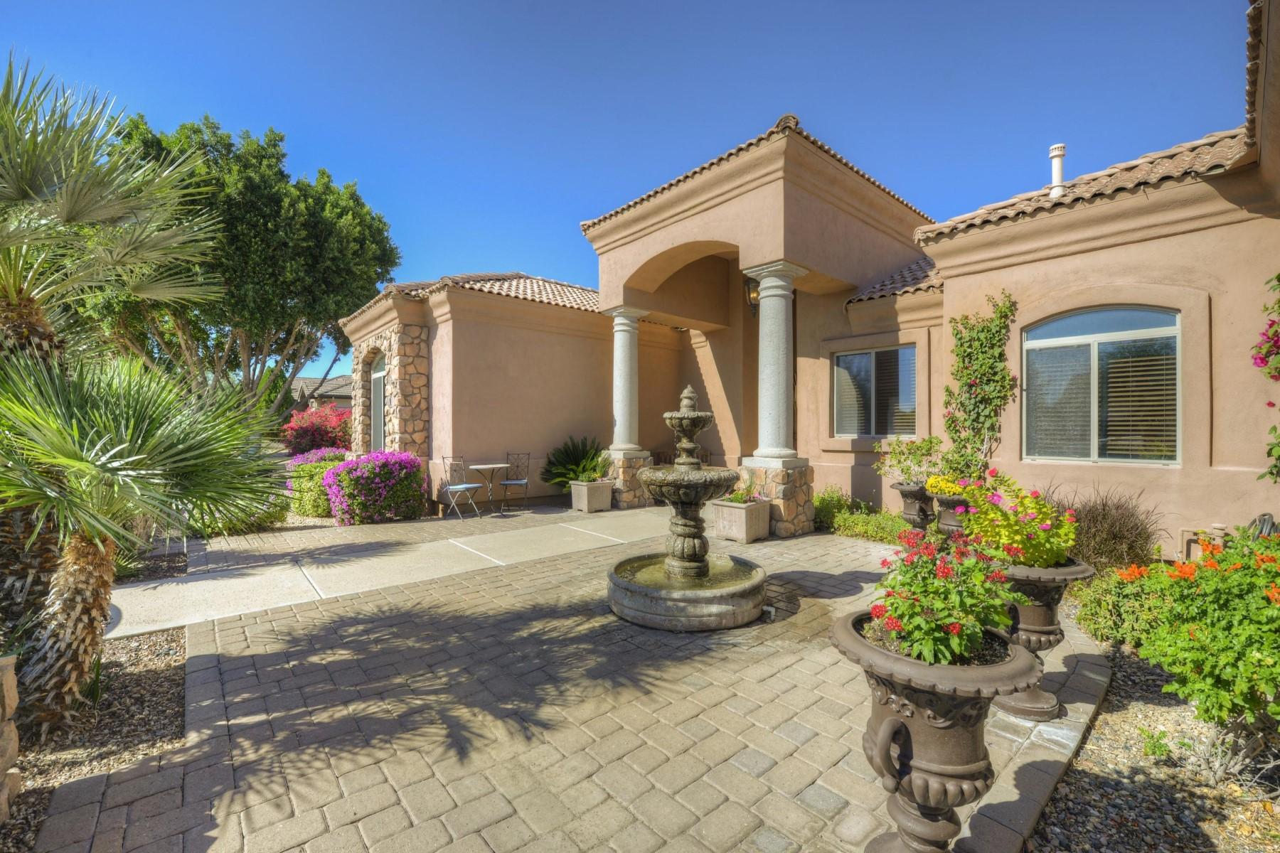 Einfamilienhaus für Verkauf beim Elegant Mediterranean estate within the custom community of Somerset Estates 3914 E Omega Cir Mesa, Arizona, 85215 Vereinigte Staaten