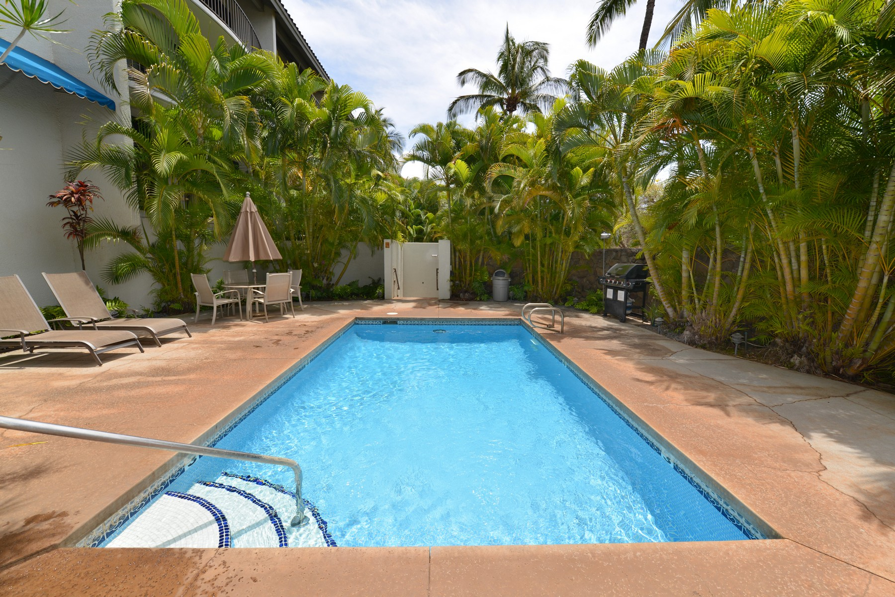 Condomínio para Venda às Gated Residential Condo in South Maui 2124 Awihi Place, Kamoa Views #210 Kihei, Havaí 96761 Estados Unidos