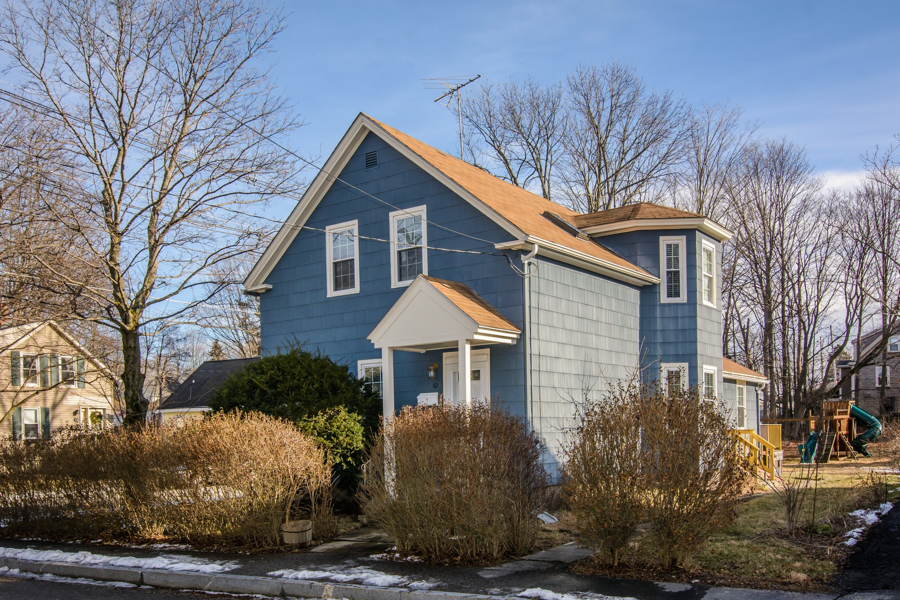 Single Family Home for Sale at Lovely Antique Colonial 62 Water Street Westborough, Massachusetts 01581 United States
