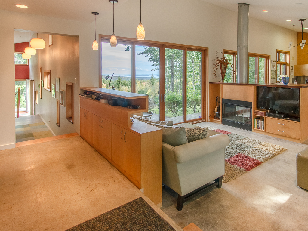 Single Family Home for Sale at 7 Sunrise Summit Rockland, Maine, 04841 United States