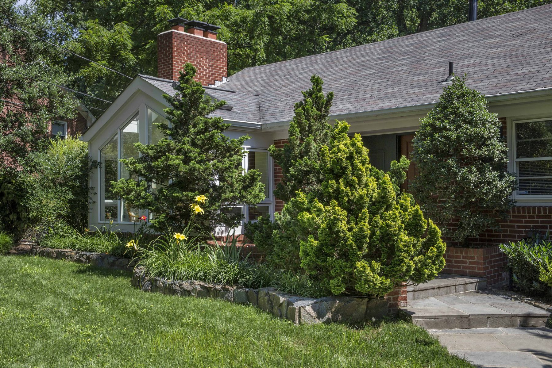 Single Family Home for Sale at 6148 Farver Road, Mclean 6148 Farver Rd McLean, Virginia 22101 United States
