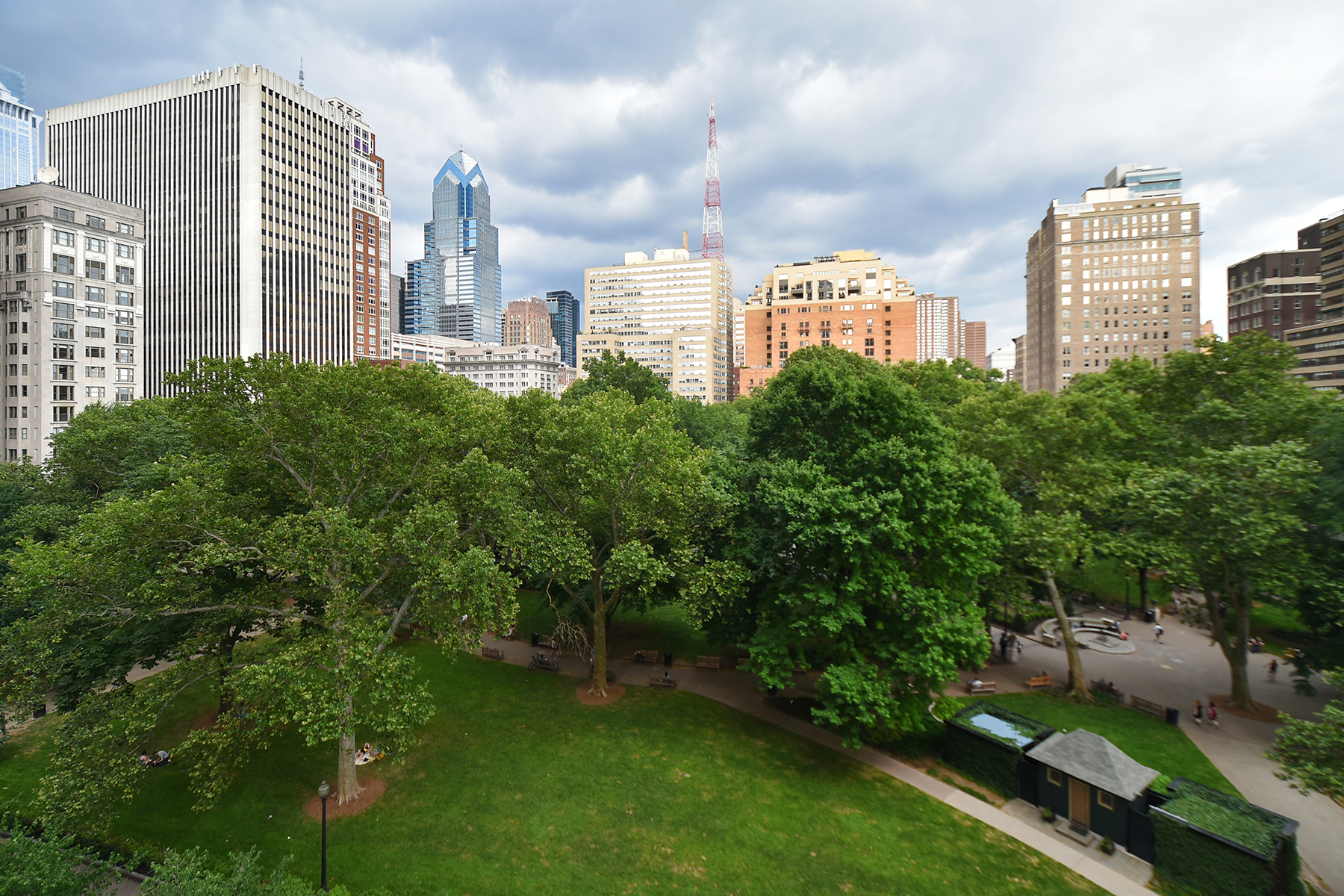 rentals property at 220 W. Rittenhouse Square