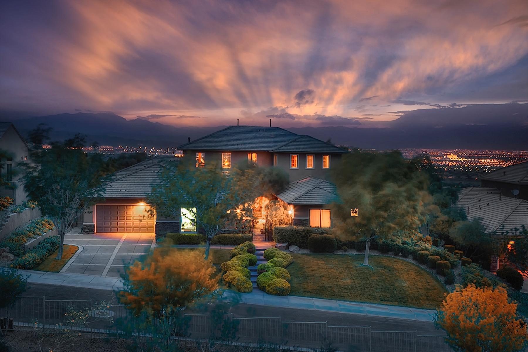 Casa para uma família para Venda às Starbright 53 Kittansett Loop Henderson, Nevada 89052 Estados Unidos