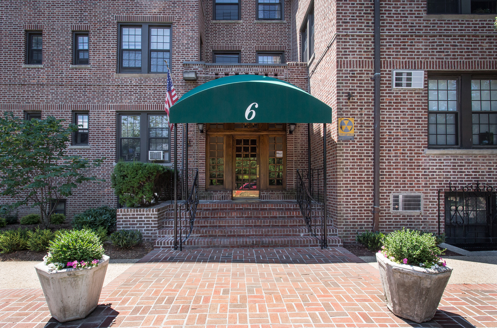 "Co-op for Sale at ""SPACIOUS 2 BEDROOM CO-OP IN FHG PREWAR BUILDING"" 6 Burns Street, Forest Hills Gardens, Forest Hills, New York 11375 United States"